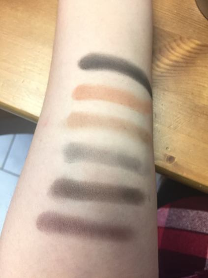 Ultimate Nudes Eyeshadow Swatches